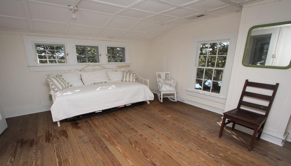 Tilghman-Boyce Cottage Bedroom